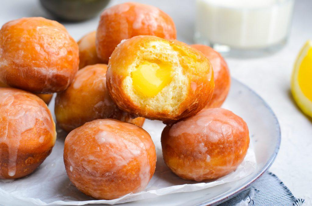 Lemon curd donut holes